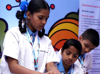 Henkel India Reasearchers World - Children learning about why glue sticks